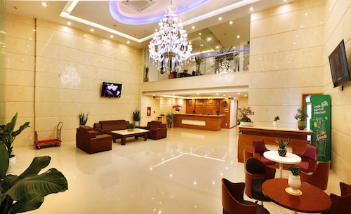 峴港樂滿地飯店