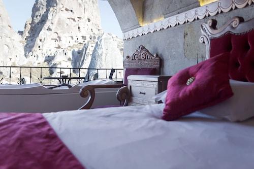 愛馬仕洞穴飯店