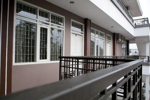 近素卡加地 2 號瑞德多茲飯店