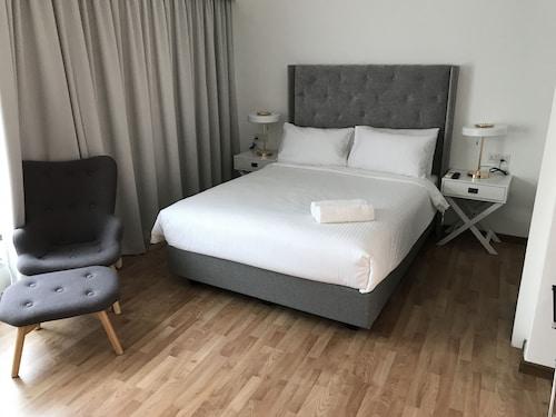 MIL 精品住宅飯店
