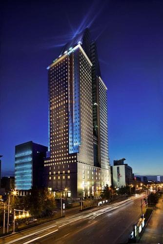 裕達國貿酒店