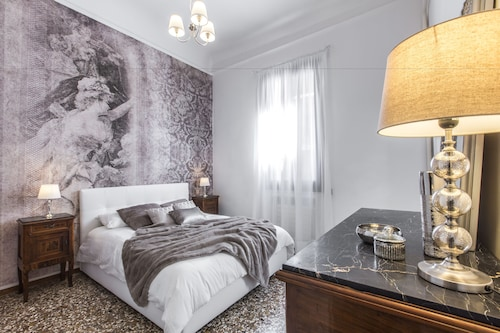 里亞爾托精品設計風公寓飯店