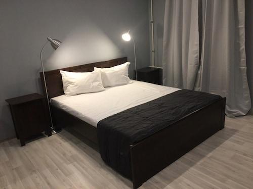 103 開放式綜合公寓飯店