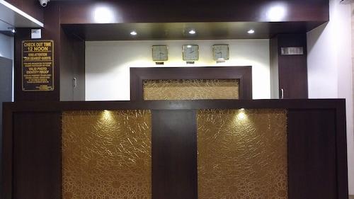 珠穆朗瑪峰飯店