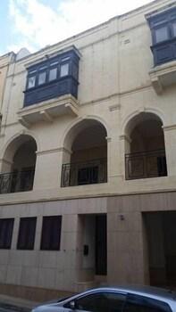 曼斯菲爾德廣場公寓