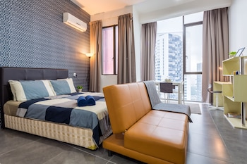 Enics Guesthouse Empire Damansara
