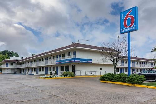 Motel 6 - 弗雷德里克斯堡