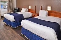 Room, 2 Double Beds, Non Smoking, Kitchenette