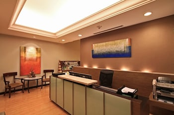Bellevue Hotel Alabang Business Center