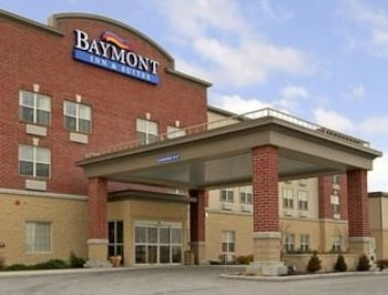 Baymont Inn Suites Plymouth 3 8 Miles From Road America