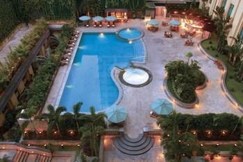 New World Manila Bay Hotel Manila Outdoor Pool