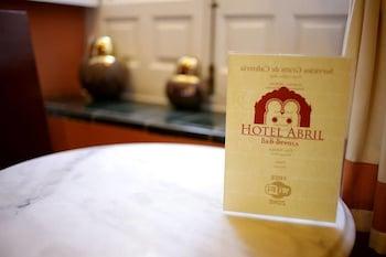 Hotel Abril thumb-4