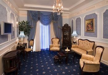 馬可波羅聖彼德堡飯店