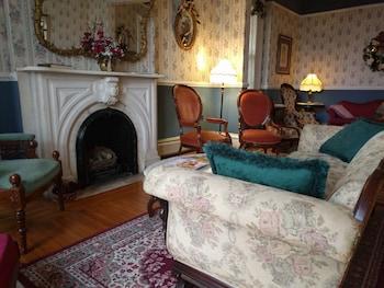 Rosemont Inn Bed & Breakfast