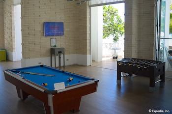 Movenpick Hotel Cebu Billiards