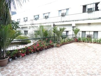 The Garden Plaza Hotel & Suites Manila Terrace/Patio