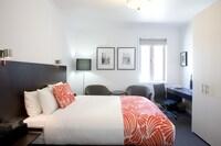 Studio Apartment - King or Twin