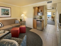 Suite, 1 King Bed with Sofa bed, Pool View