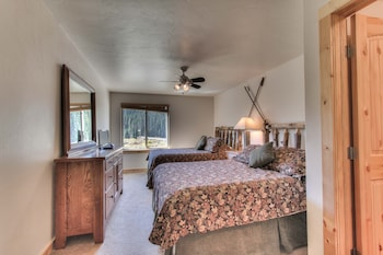 Lodge by The Blue - Breckenridge, CO 80424 - Guestroom