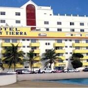 韋拉克魯斯瑪律與蒂爾拉飯店