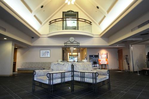 江阪地產飯店
