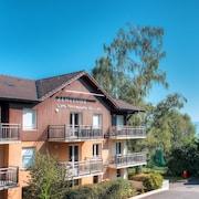 哲尼圖萊斯丹娜斯拉克公寓式飯店