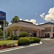 莫比爾/65 號州際公路貝蒙特旅館及套房飯店