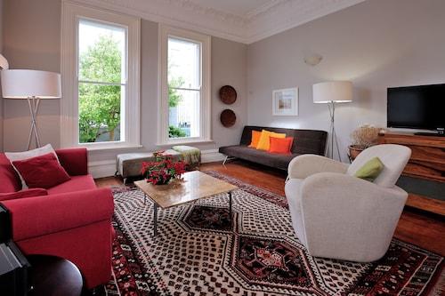 巴裡霍爾公寓飯店