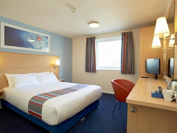 Travelodge London Central City Road Hotel