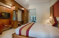 Special Offer - Two Units Deluxe Double or Twin Room with Pool View