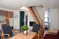 Apartment, 2 Bedrooms, Balcony (Linen Included)