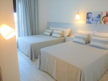 Hotel Alegria Pineda Splash thumb-3