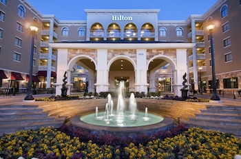Hilton Dallas Southlake Town Square 13 8 Miles From Six Flags Over Texas