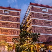 拉明洛奇溫泉飯店