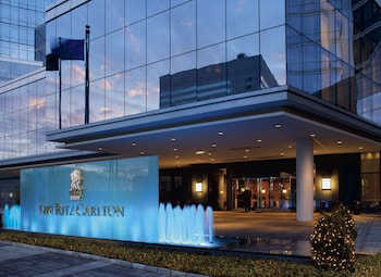 The Ritz Carlton New York Westchester 22 7 Miles From Jacob K Javits Convention Center