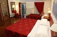 Triple Room, 1 Bedroom