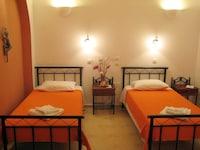 Standard Room (Internal)