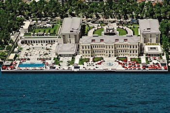 Hotel Four Seasons Hotel Istanbul At The Bosphorus