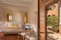 Superior Double or Twin Room, Terrace, City View