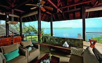 Suite, 3 Bedrooms, Sea View (Prestige)