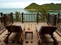 Deluxe Hotel, Sea View