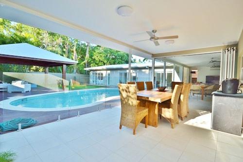 拉姆棕櫚灣飯店