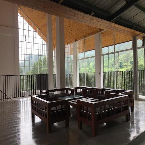 格林洛奇茶廠飯店
