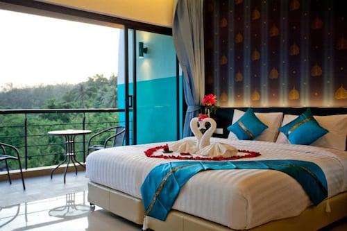 卡塔綠色海灘飯店