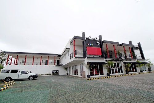 瑪哈格尼大道禪房高級飯店