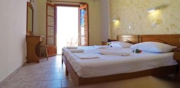 塔爾薩納斯公寓飯店