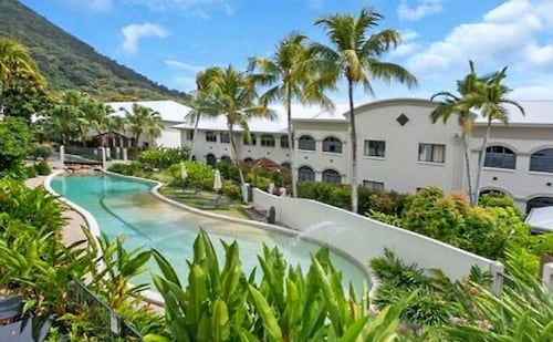 棕櫚灣泳池公寓飯店