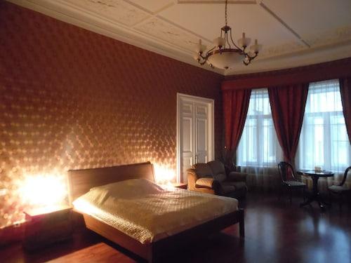 烏拉納公寓飯店