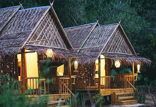 亞努伊海灘隱居飯店