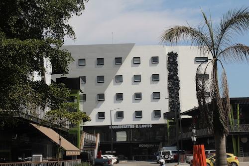 馬雷貢家庭套房飯店